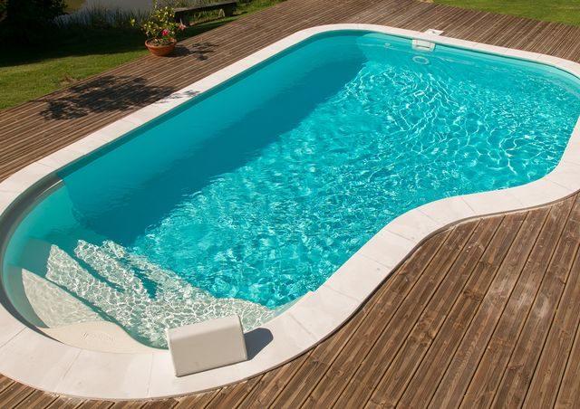 piscina deck pavimento madeira