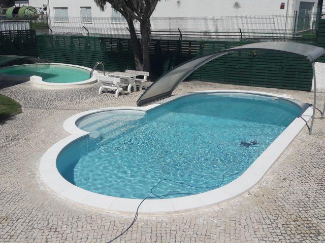 Porque não deve hibernar a piscina durante o Inverno?